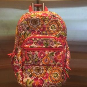 NWOT Vera Bradley LOGO Floral MultiPocket Backpack